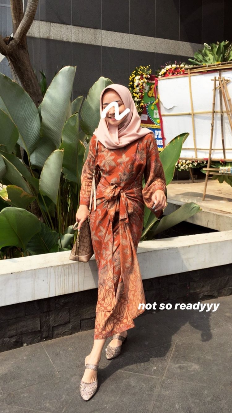 pin oleh nurain yazid di ootd inspirasi fashion hijab