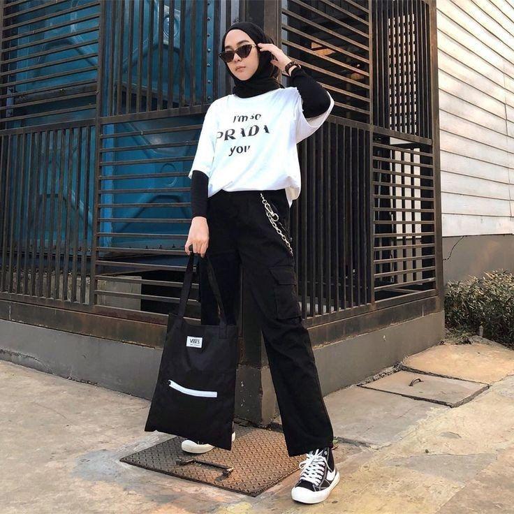 tips mengenakan kaos pendek untuk hijabers di 2020 gaya
