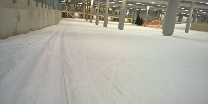 Stå på langrend indendørs i Skidome i Gøteborg