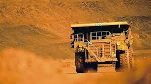 Världens största lastbil som fraktar järnmalm - BHP Billiton