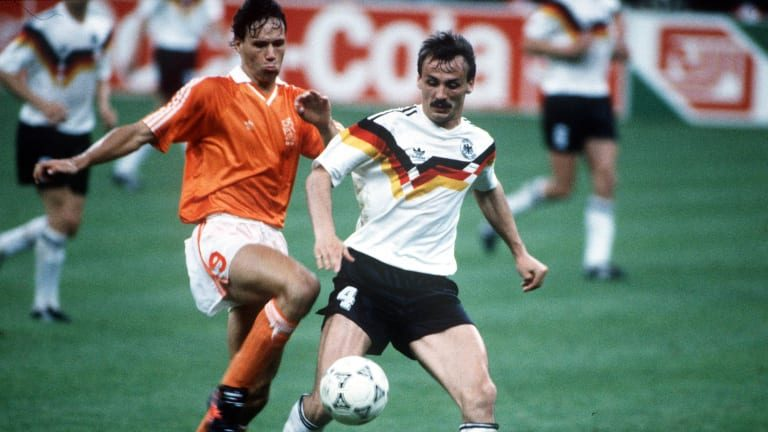 Football Language Podcast: 1990 World Cup Netherlands vs West Germany