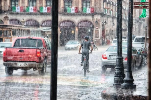 Venezia e Matera sono sotto l'acqua.