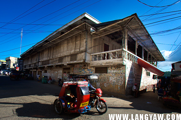 Villa Bayot, an ancestral house of the influential family at the city center.