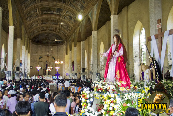 Good Friday mass just before the afternoon procession in Sibonga