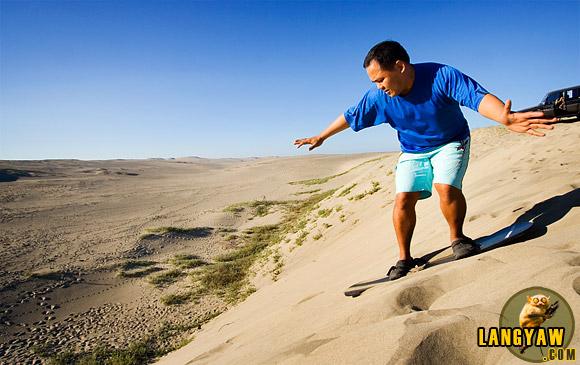 Ilocos Norte Sand Dune sandboarding