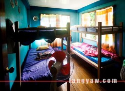 TPS Homestay: rooms with double beds