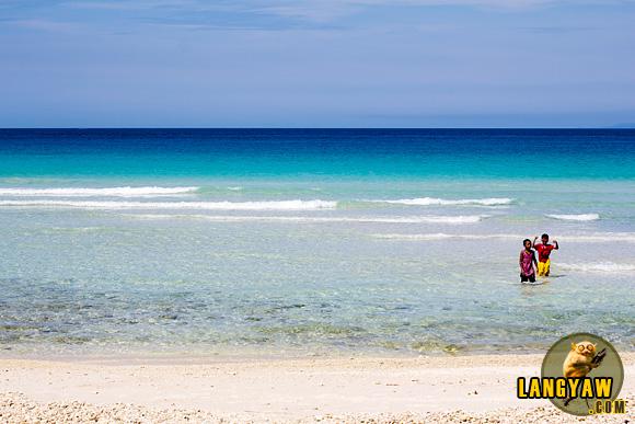 Malamawi Island white sand beach