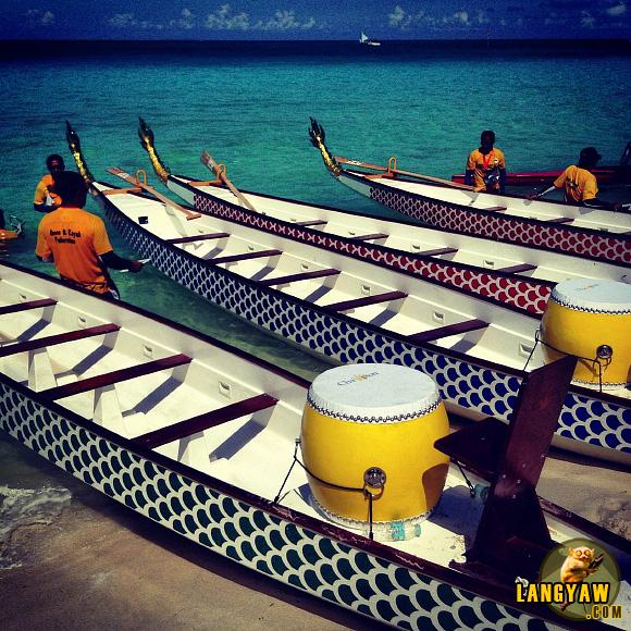 Dragon boats during the Boracay International Dragon Boat Festival 2013