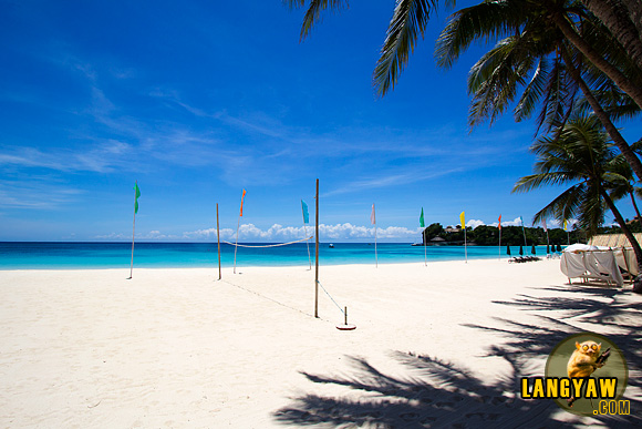 A quite and beautiful beach in Boracay without the crowds