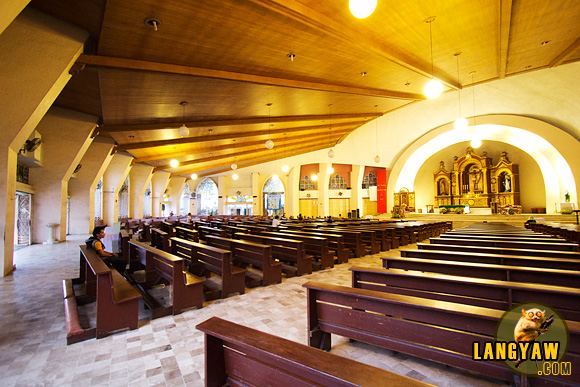 Inside Davao City's San Pedro Cathedral