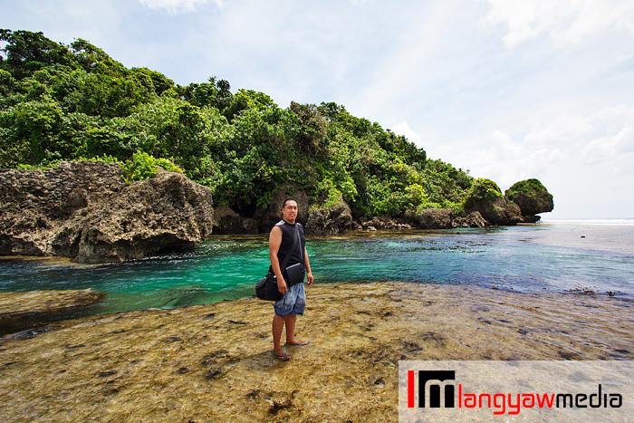 Ang Langyaw in the tidal pools of Magpupungko, Siargao