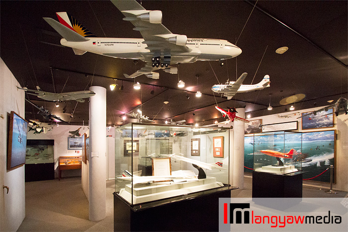 Section of the gallery on modern airplanes and spacecraft