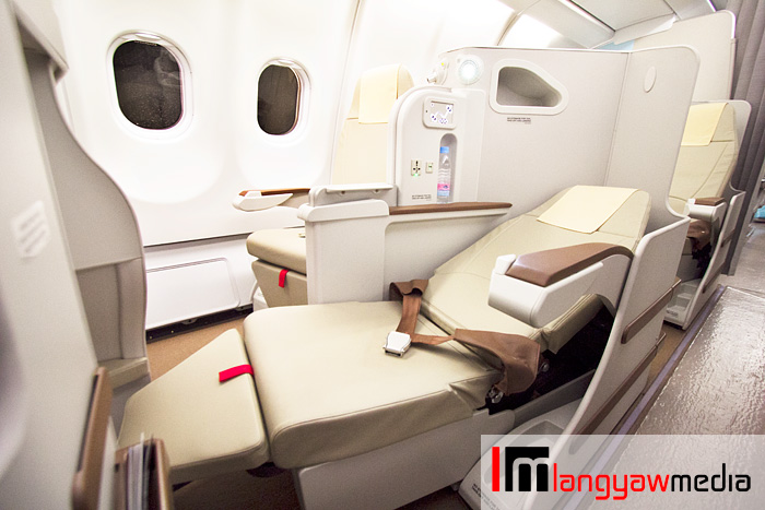 The new Business Class features full 180 degree flat bed