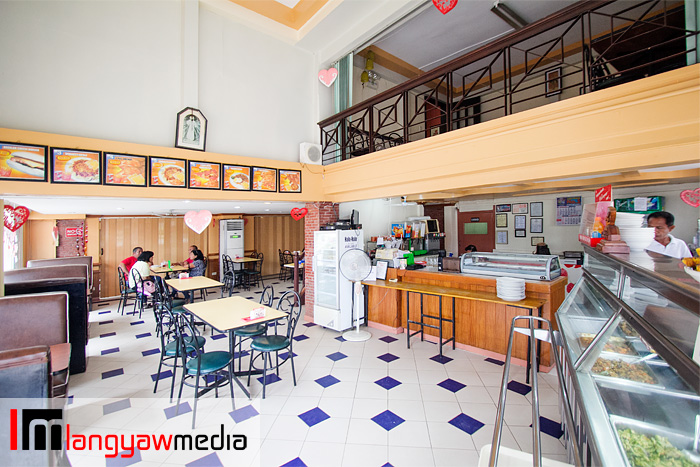 Interior of Pizza Junction