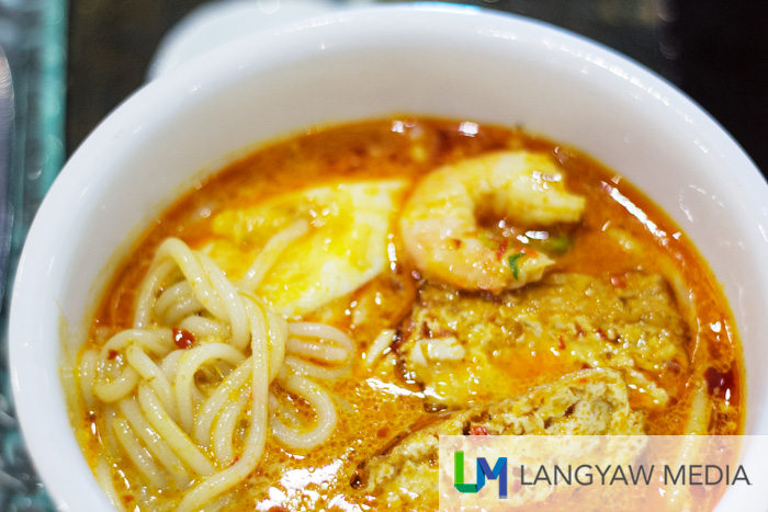 Singapore laksa was just delicious, spicily good and memorable!