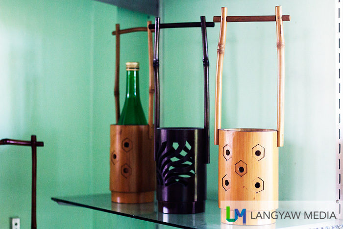 Bamboo wine bottle holders