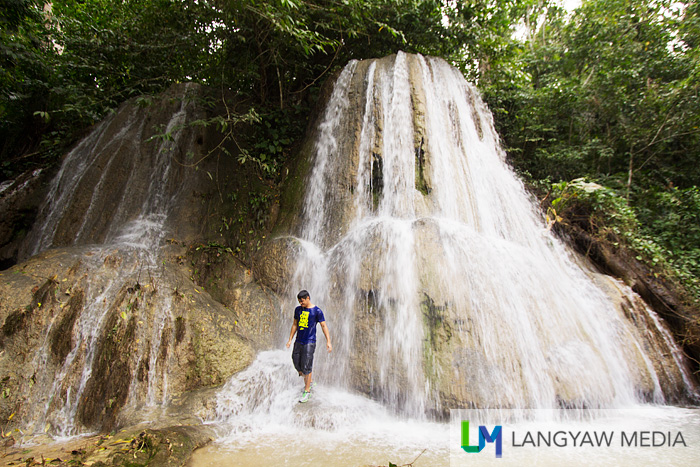 Water everywhere! Engkanto Falls in Libmanan, Camarines Sur surely enchants!