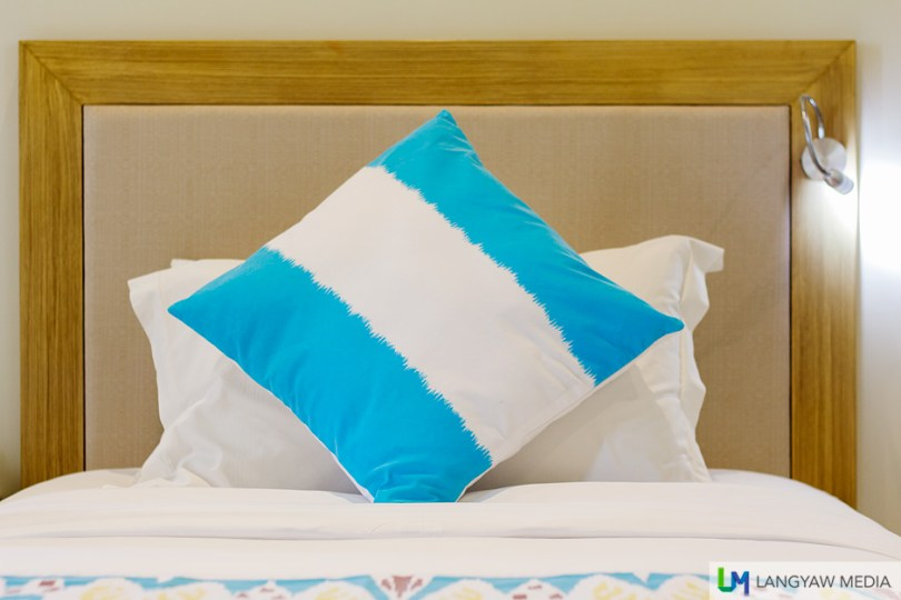 Comfortable beds and comfortable pillows