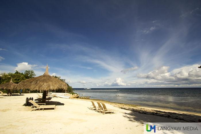 White sand, sea and shore