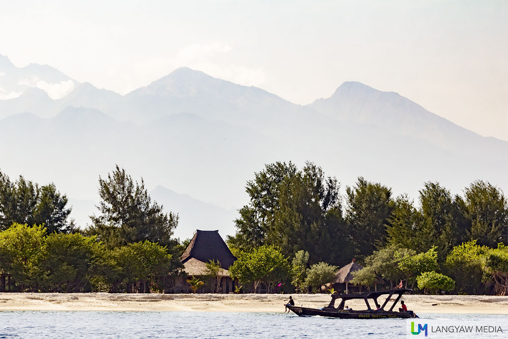 Gili Meno with Gunung Rinjani in the background