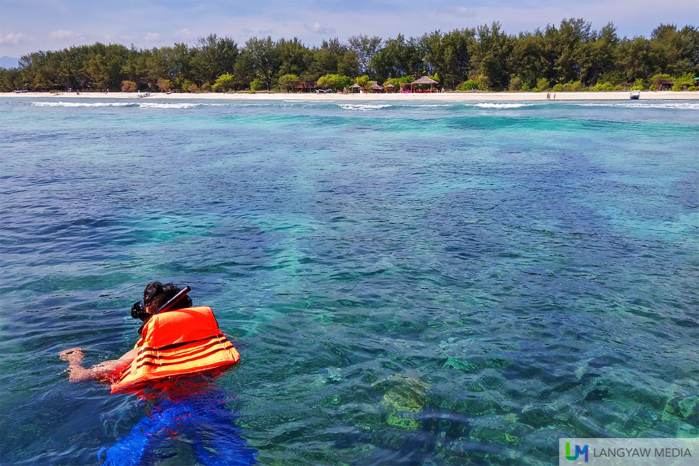 Snorkelling at the waters off Gili Meno