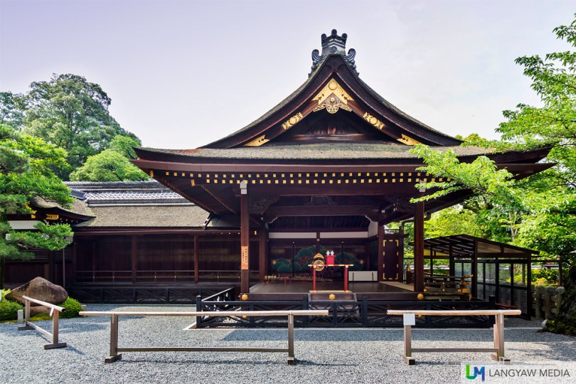 The Kagura-den where sacred music and dance performances by shrine maidens called Miko, are done.