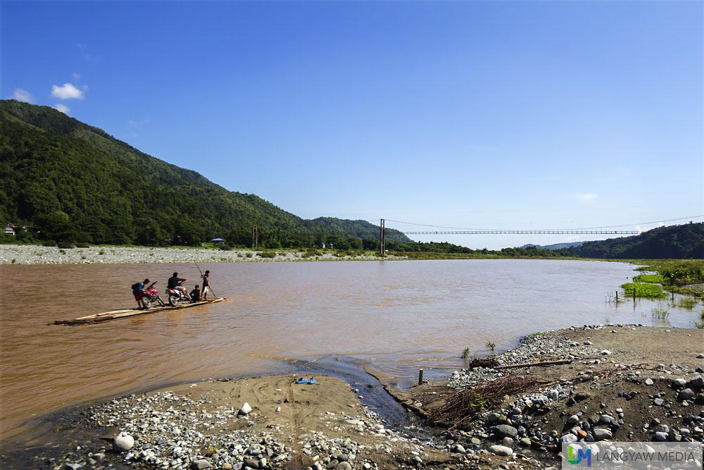 Luba River raftman