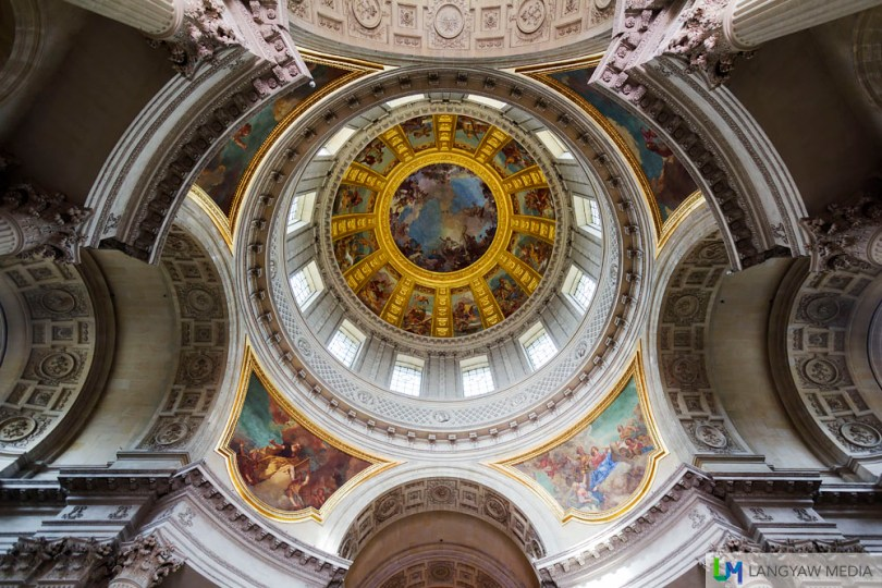 The marvelous underside of the dome with its rich paintings by Charles de la Fosse done in 1705