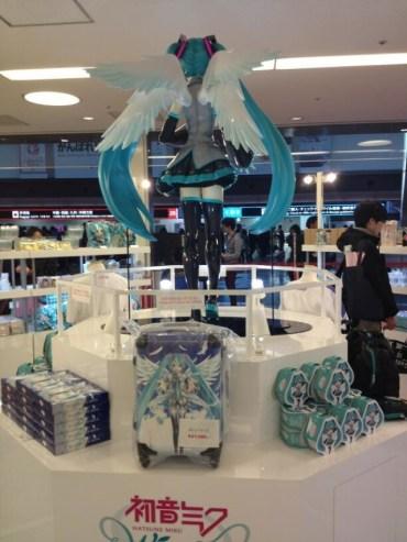 Miku Wing Shop - Tokyo - Blog Anime X 13