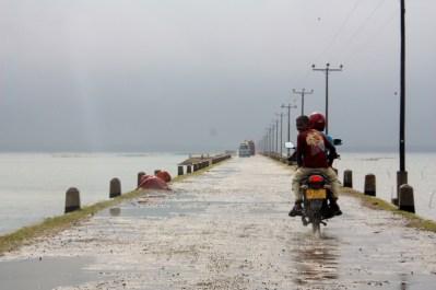 Rain and wind on way to Punkudutivu