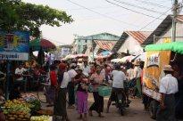 Bogalay market, delta region
