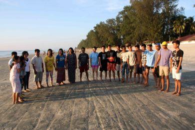 Loka Ahlinn on Maungmakan beach
