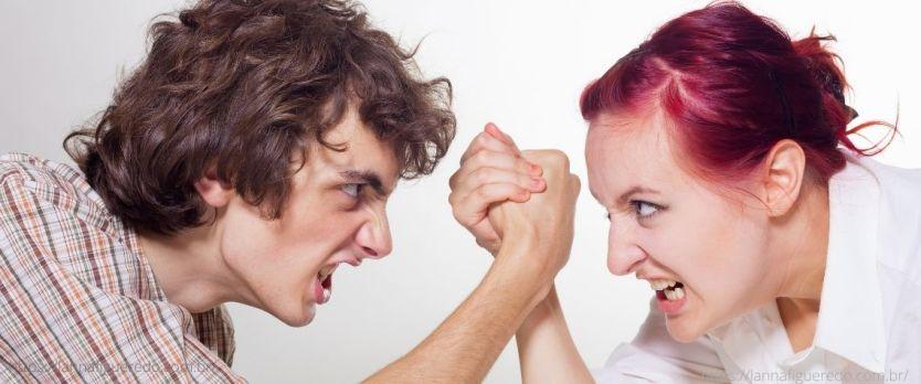 relacionamento complicado 1 1024x427 - 10 sinais de um relacionamento complicado