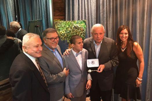Jeanette Núñez, el alcalde Tomás Regalado, Bryan Fernández, el alcalde de West Miami Eduardo H Muhina y el periodista Guillermo Descalzi