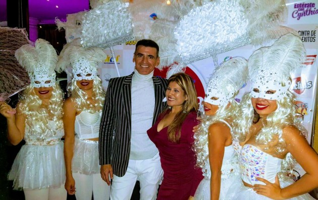 Mike Montgomerie y Janet Seminario Palacios