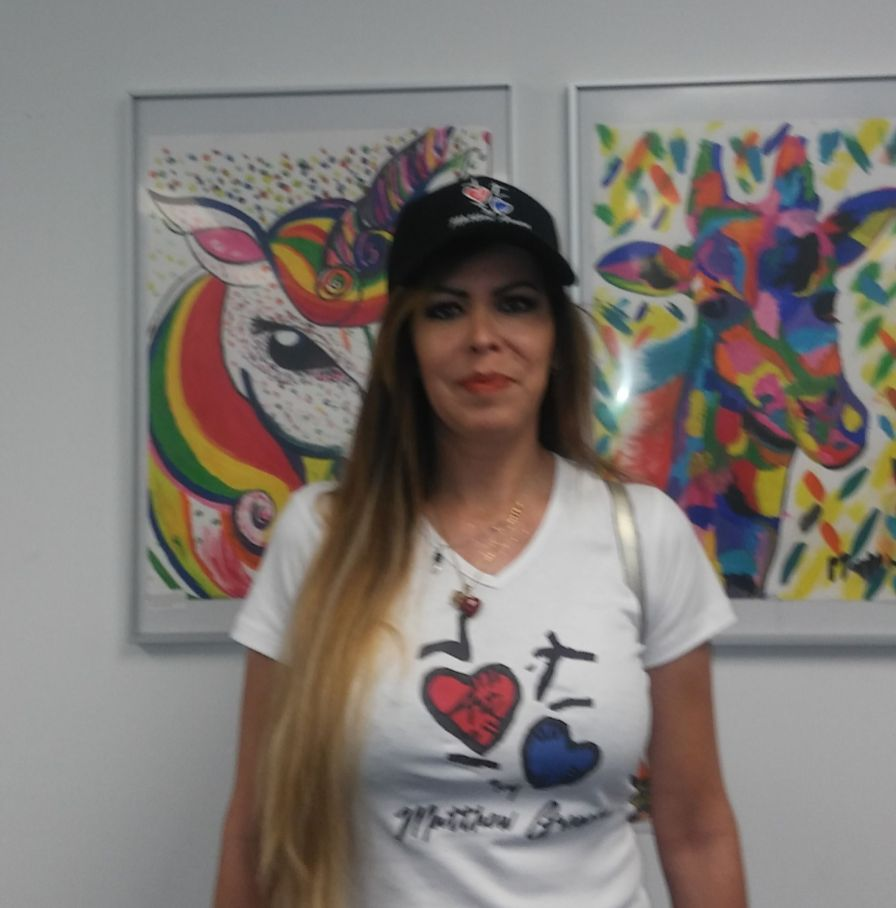 Jessica Gamarro, mamá del pequeño pintor Mathew Gregory López.