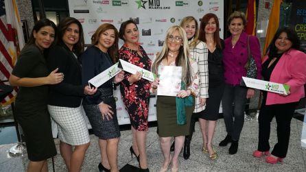 Lucre Sondo, Mayrelis Sanchez, Carla Largaespada, Marisol Casola, Evelyn Garrido, Marybel Torres, Margaret Romero y Jessica Sotolongo