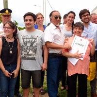 El IAPV entregó 20 casas en La Paz