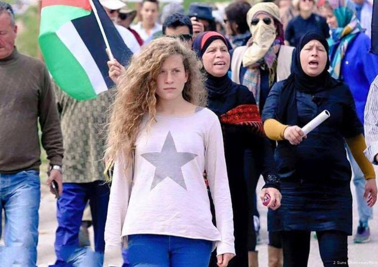 Crece la campaña para liberar a Tamimi, la joven palestina detenida por Israel
