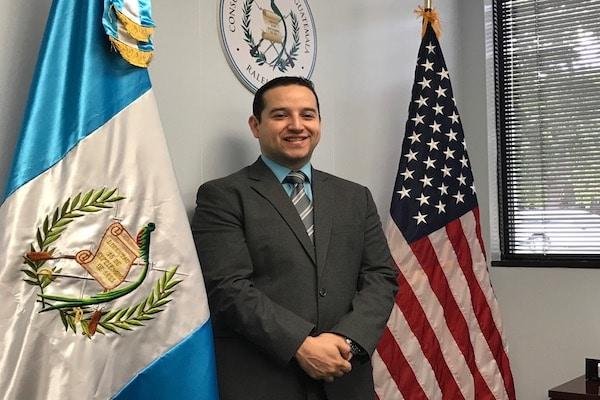 Guatemaltecos de las Carolinas ya pueden pedir sus citas en consulado