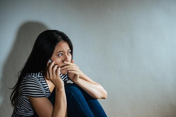 Ofrecen ayuda en español para víctimas de asalto sexual y violencia doméstica