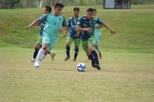 Foto de dos jugadores de fútbol