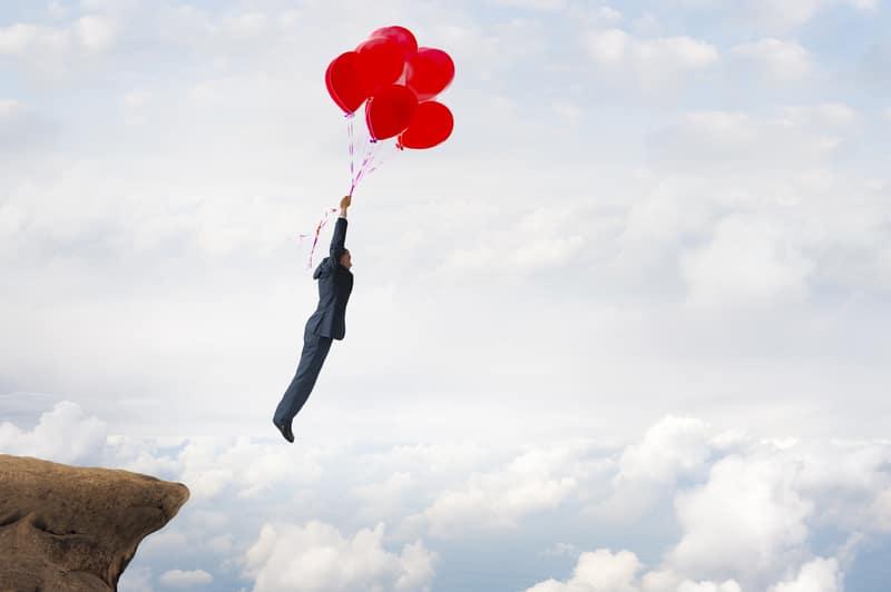 La fe solo se encuentra en hombres y mujeres de valor, quienes sin temor enfrentan sus obstáculos.