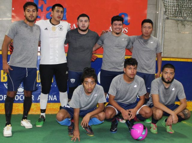 Real Acapulco de la liga Global Sports Indoor Soccer Arena