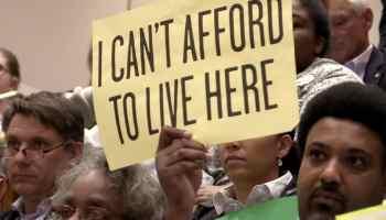 """""""El status quo no está funcionando"""". ¿Puede Charlotte encontrar soluciones para una crisis de vivienda asequible?"""