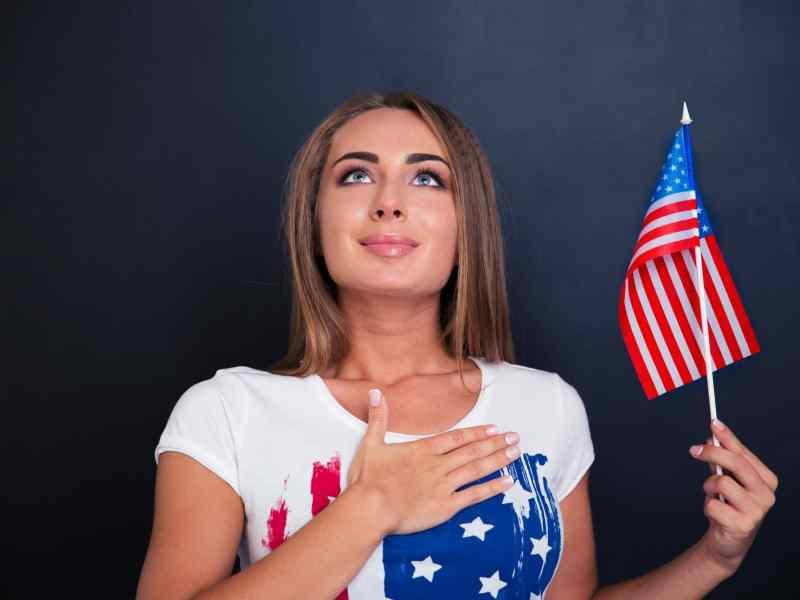 Invitan a taller gratuito de ciudadanía en Hendersonville