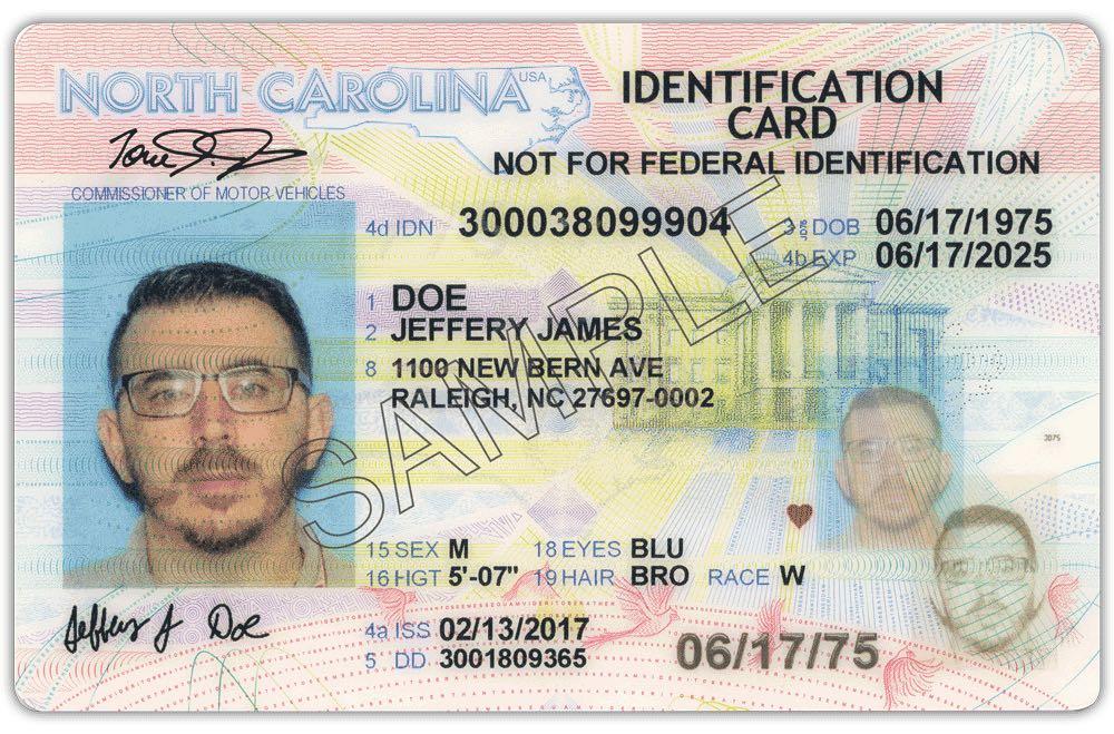 ICE compró base de datos de conductores de Carolina del Norte para buscar indocumentados