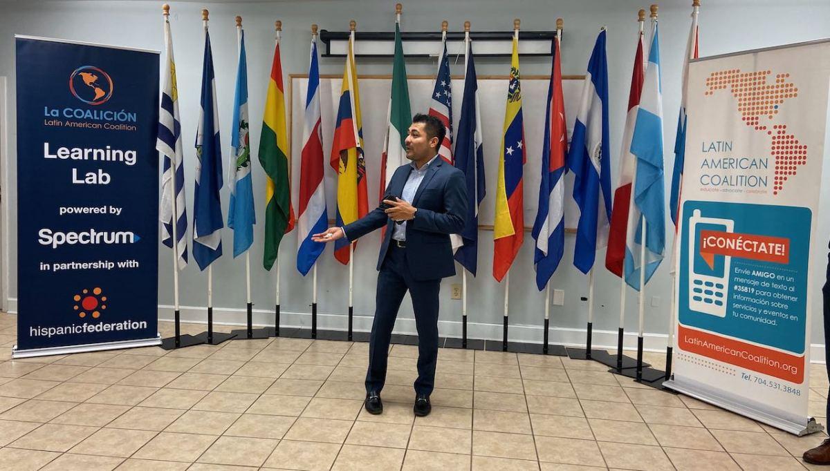 Coalición Latinoamericana recibe subvención de $25,000 para laboratorio de educación digital
