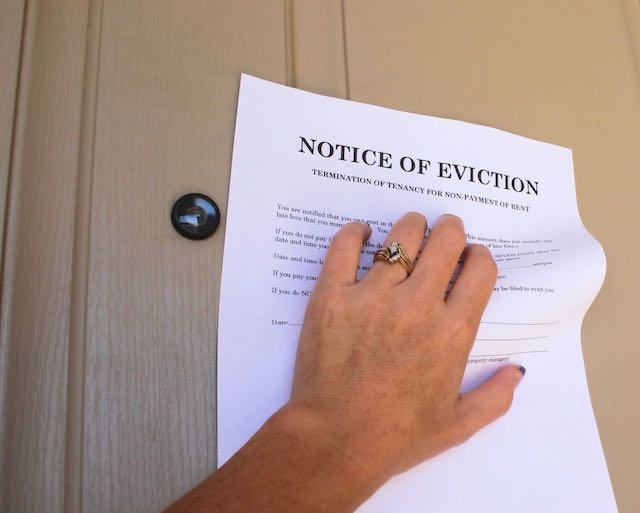 Few Tenants Have Lawyers; Most Landlords Do