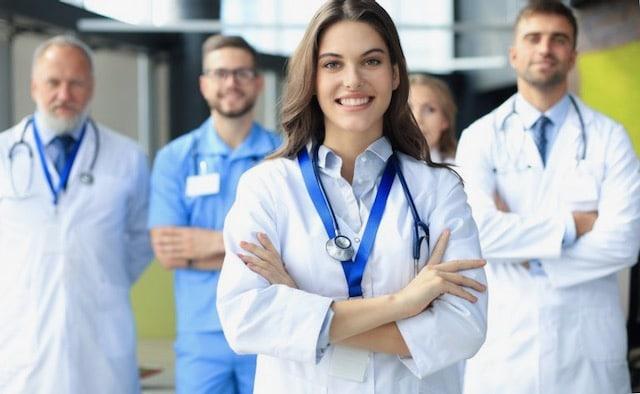 Beneficios para trabajadores esenciales y de la salud